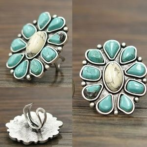 Jewelry - Beautiful, Adjustable Turquoise Flower Ring